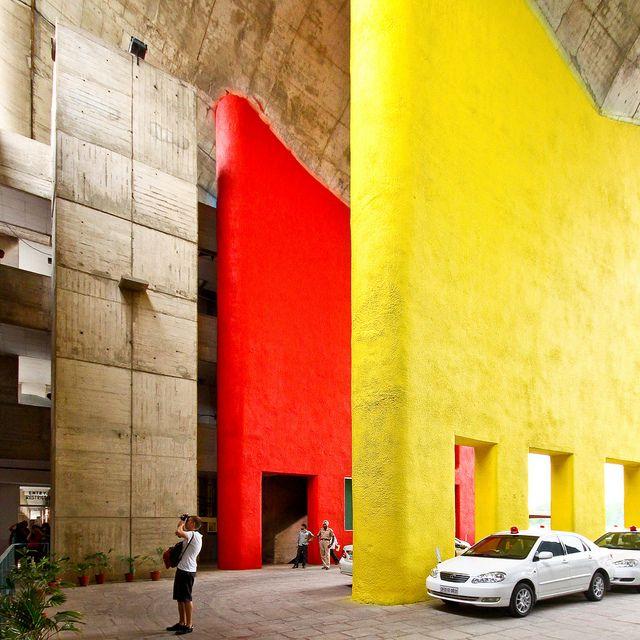 ;-)__Chandigarh High Court - Le Corbusier