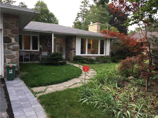 LUXURY HOME: Bright 3 Bdrm Bungalow On A Gorgeous Ravine Lot, In The Prestigious Bayview Village Area, Quiet Child Safe Cul-De Sac, Family Size Kitchen, Modern Hardwood Floors Throughout, Great Schools, Earl Haig Ss, Bayview Ms, Elkhorn Ps.