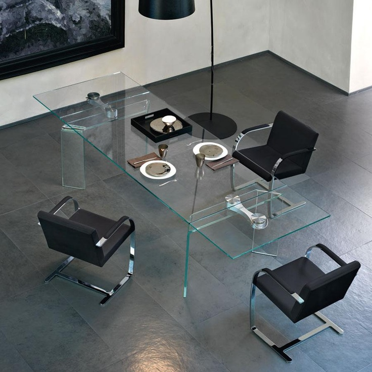 Ray Plus Glass Dining Table