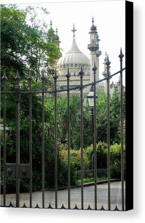 Brighton Pavilion Canvas Print featuring the photograph Opulence Behind The Gate by Dorothy Berry-Lound