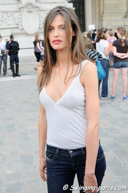 Bianca Balti after a Chanel Show, Paris
