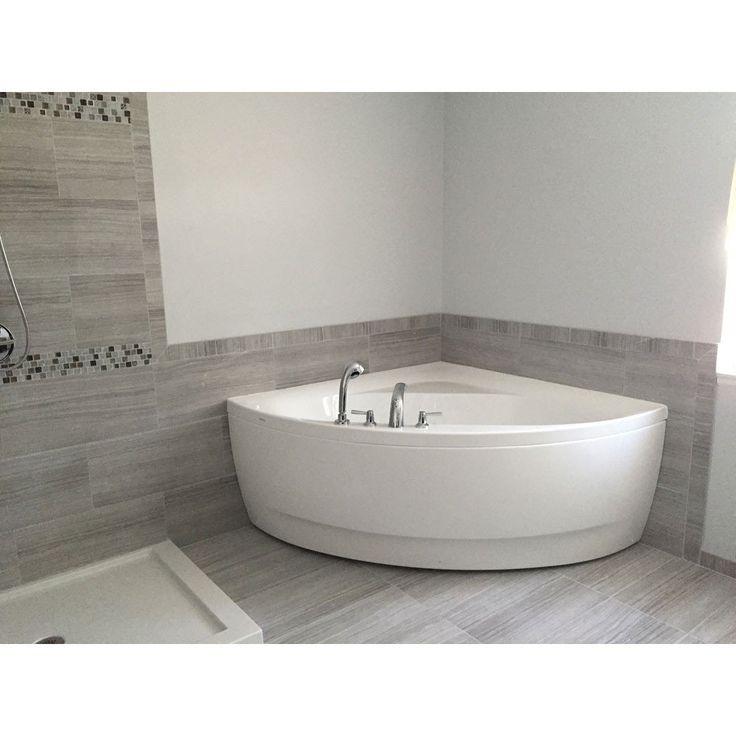 Best 25+ Corner bathtub ideas on Pinterest   Corner tub ...