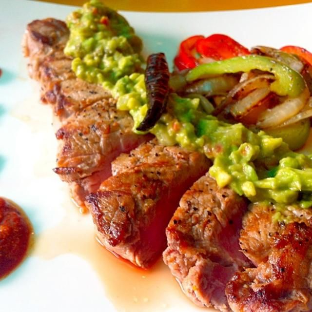 Now available at Sabroso Mexican Tapas & Bar - 32件のもぐもぐ - Carne Asada (Mexican grilled steak) by Jorge Bernal Márquez