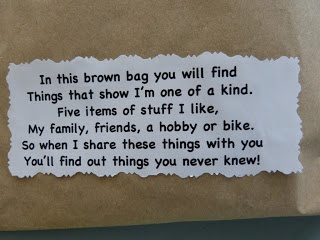 Mrs Vs Grade One: WHATS IN THE BAG?