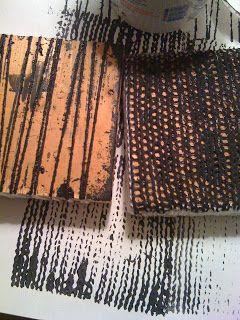Stempels maken van truien en jeans/stoffen met grove structuur om te gebruiken bij (mode) illustraties.