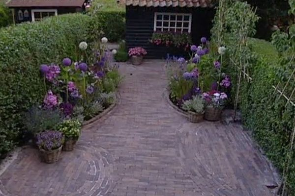 298 best tuin borders images on pinterest garden ideas for Rob eigen huis en tuin