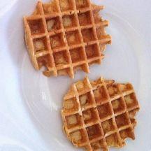 havermoutwafels: 1 Ei, 50 g Plattekaas(0%vet) 30 g Havervlokken