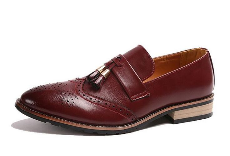 66.90$  Watch here - http://alin3j.shopchina.info/go.php?t=32786783611 - Luxury brand british style Dress Wedding Shoes Genuine leather shoes flats Tassel leather Loafers for men brogue oxford shoes  #aliexpress