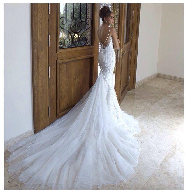 521 best Wedding Dress images on Pinterest | Wedding bridesmaid ...