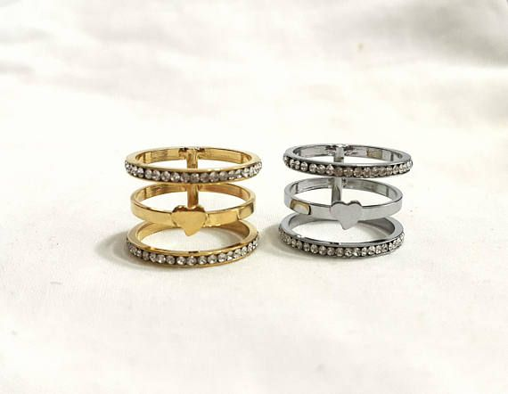 Gold triple band thumb ring have nice