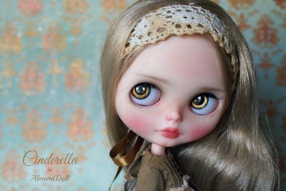 Popelka - zakázková OOAK Blythe panenky, jedinečné umělecké panenky podle AlmondDoll