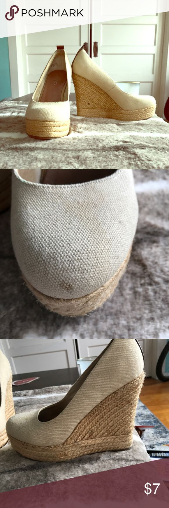 Aldo Wedges Light Beige & straw wedges, size 38, minor discoloration on toe (as pictured) and the straw is darker in some areas (last photo). Only worn a few times. Really cute & sexy on! I think Aldo shoes always fit smaller. I normally wear a 7 and these fit me. Cute tuxedo kitty isn't for sale (pic4)😜 Aldo Shoes Wedges