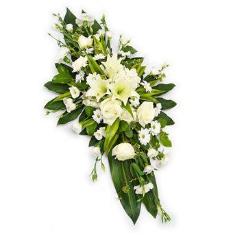 Vakker båredekorasjon med hvite og grønne farger
