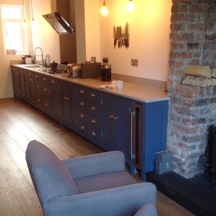 Mr Dunham Fitted Furniture, I so want this hand made, blue kitchen that you made for someone else.  With love, Mrs Dunham Fitted Furniture