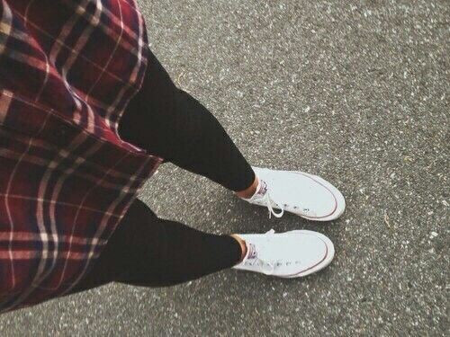 flannels with leggings &' converse .