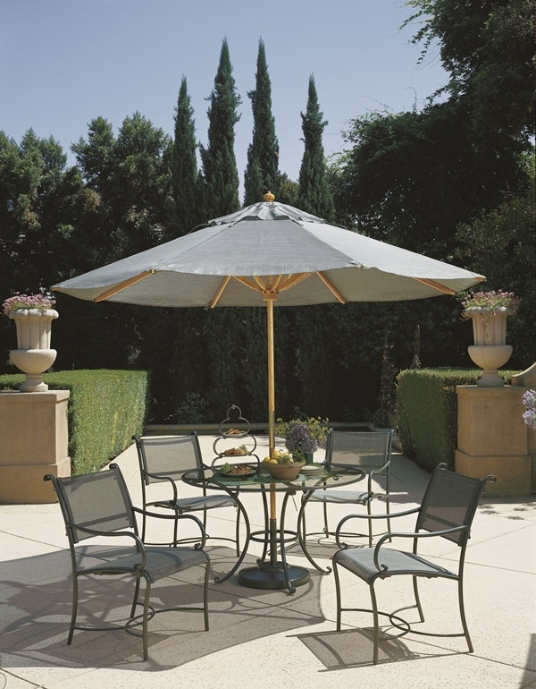 Roma Sling Dining Collection From Brown Jordan. #OutdoorFurniture #Florida  #WestPalm #Patio