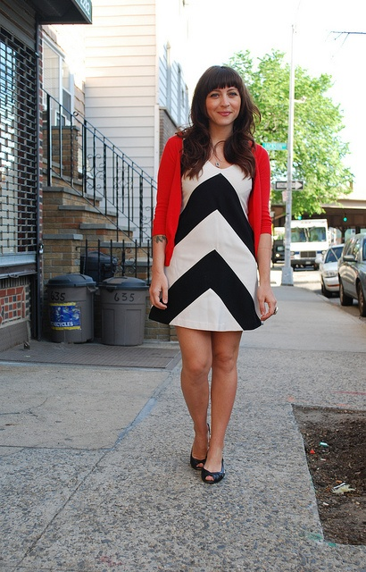 This is the outfit equivalent of the red room from Twin Peaks.: Cardigan Weather, Ideegeniale, Outfit Equivalent, Red Room, Dress And Cardigan, Red Cardigan