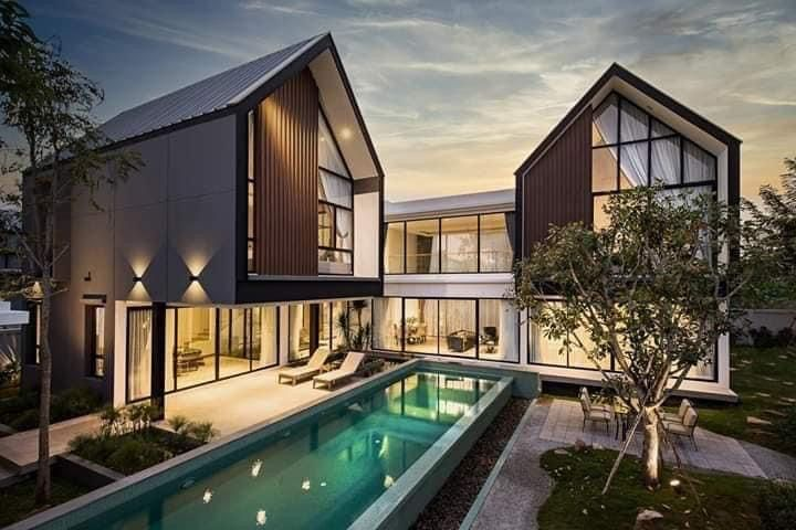 L Shape House Double Story House With Swimming Pool