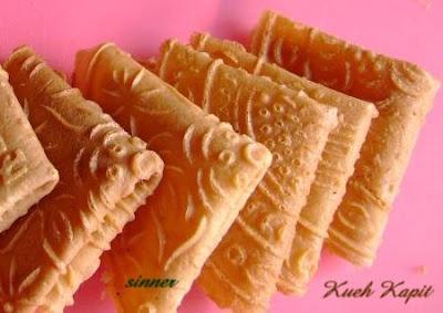 Kueh Kapit / Love Letters Recipe (The Waitakere Redneck's Kitchen)