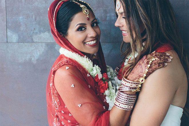 Fotografia de casamento lésbico indiano viraliza no Reddit, já viu? http://www.bluebus.com.br/fotografia-de-casamento-lesbico-indiano-viraliza-no-reddit-ja-viu/