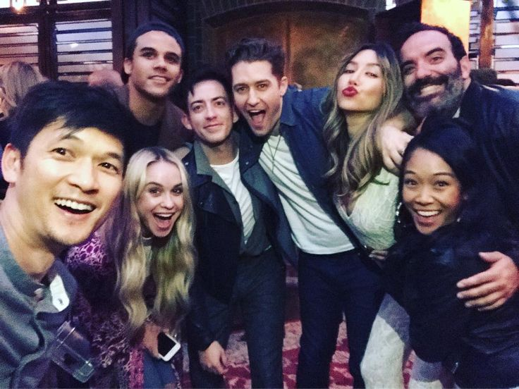 The Glee cast and crew reuniting at the Gilt & Sherpapa Supply Co. Launch Event