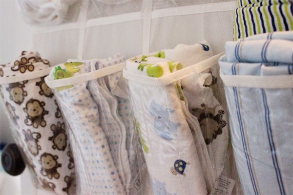 Yes, it is possible to have kids and a tidy house. Our writer shares five clever DIY storage ideas that are absolutely perfect for organizing your kids' rooms! #lifestyle #family #parenting #DIY #organizing #home #homedecor
