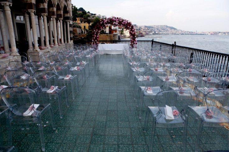Emozione, classe e purezza per un matrimonio romantico su una terrazza a picco sul mare by Cira Lombardo