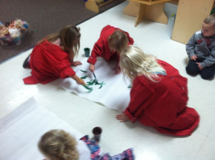 the kids painting the US where the pilgrims land
