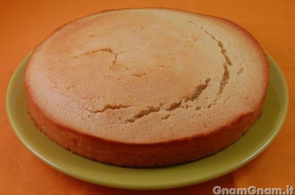 • Pan di spagna senza uova - Le ricette di GnamGnam - Ricette con foto passo passo
