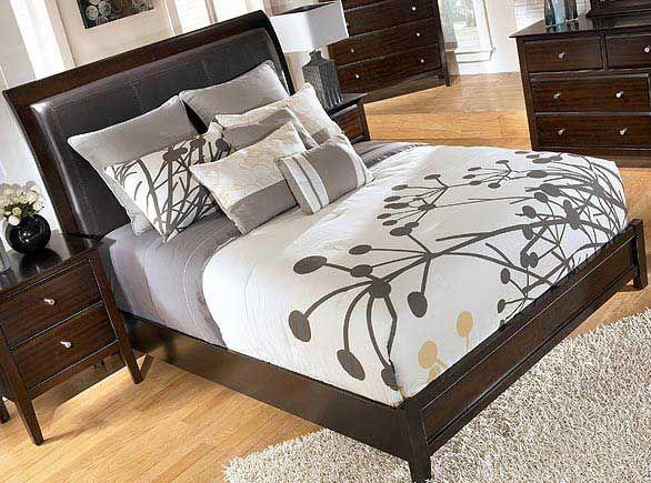 Ashley Furniture: Showroom Bedroom