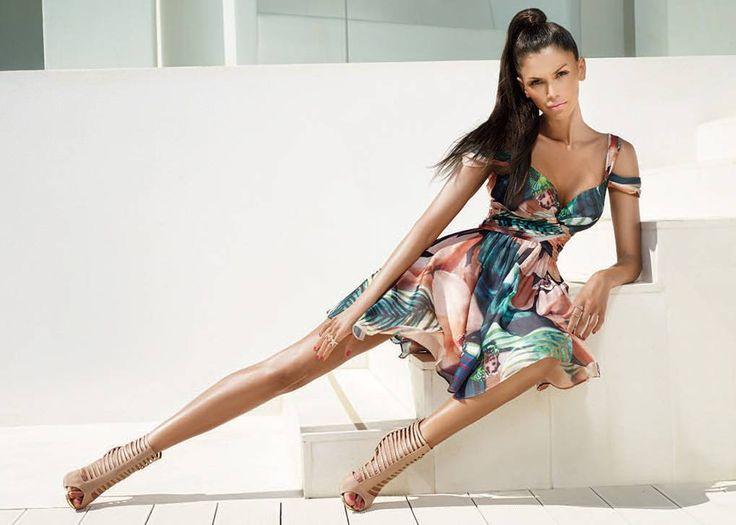 robe longue  imprimée 489 € du 34 au 44 lm gerard marseille espace cérémonie , plus de 700 modèles pour vous séduire !