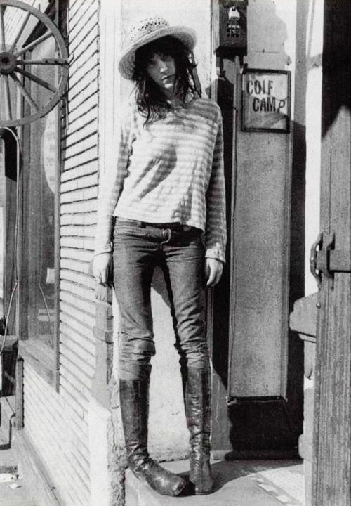 Patti Smith- ultra vintage style icon   Music to My Ears ...  Patti Smith- ul...