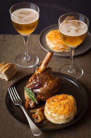 Souris d'agneau braisée au cidre et confite aux épices et tian de pommes de terre et patates douces