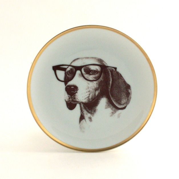 Porzellan Teller mit Hund // porcelain plate with dog by Mona Lina via DaWanda.com