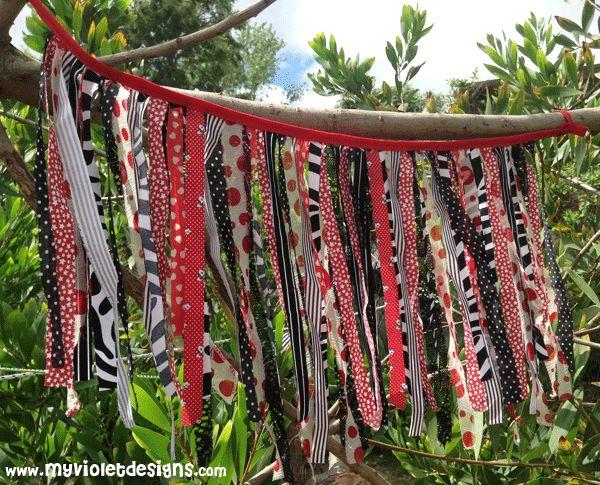Guirnalditas de tiras de tela. myvioletdesigns.com