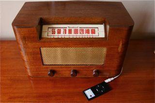 DIY Antique Radio Ipod Dock