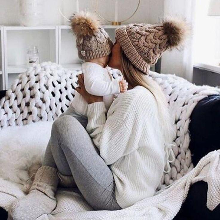 2 Stücke Mama Baby Pelz Pompon Hüte Warme Winter Häkelarbeit Wolle Einfarbig Beanie Caps Für Frauen Jungen Mädchen Passenden Hüte – Shop Now