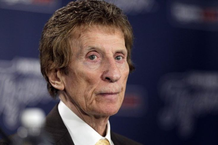 As the world continues mourning former Detroit Tigers and Red Wings owner Mike Ilitch, who died on Feb. 11 at age 87, we're being reminded of just how far his kindness and goodwill extended.  In particular, there's a story that's resurfaced that tells of the lengths Ilitch went to in assisting Rosa Parks