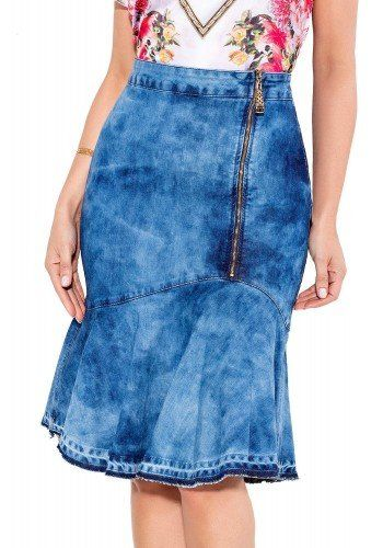 bf5b983e9 24085 modelo cabelo castanho saia sino jeans frente baixo titanium