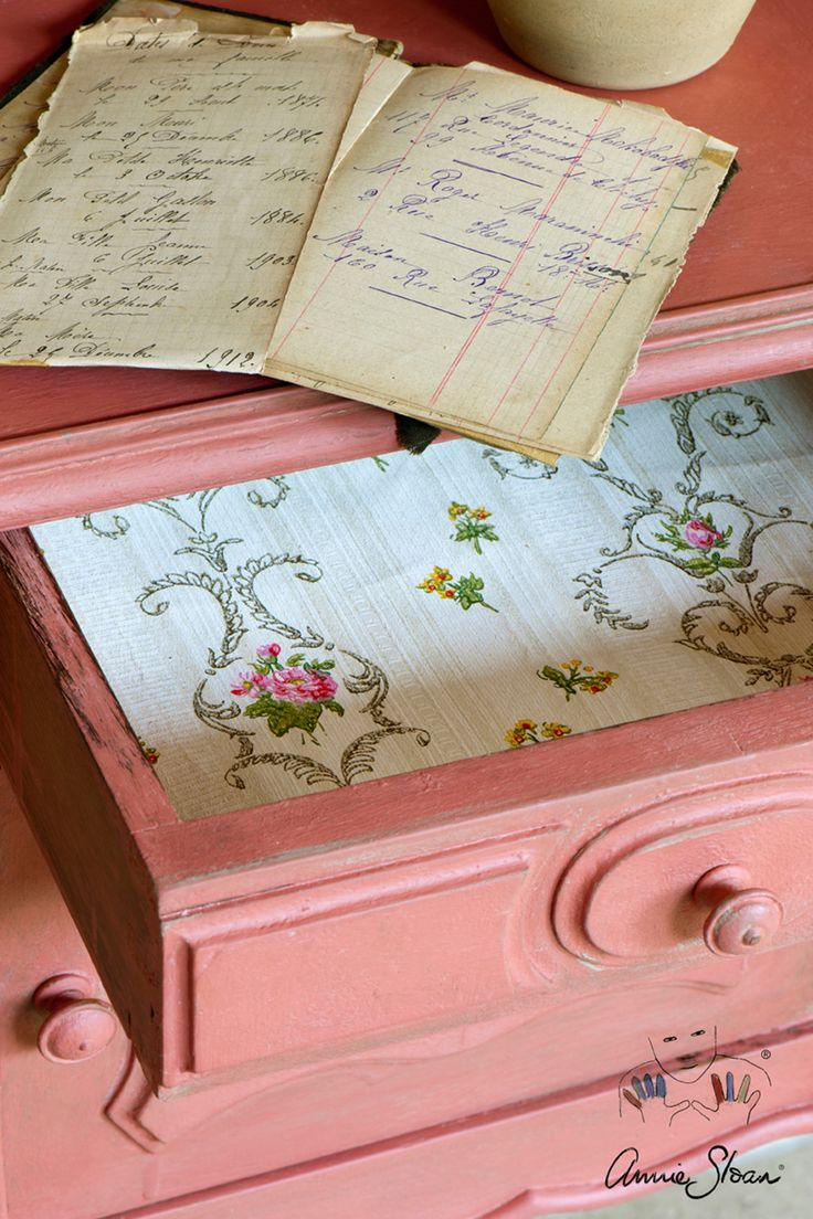 French elegance side table painted with Chalk Paint® by Annie Sloan in Scandinavian Pink. The inside drawer is decoupaged with vintage floral wallpaper.