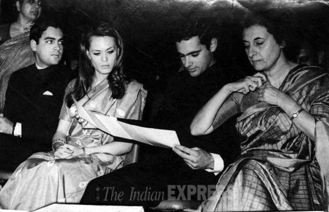 Rajiv Gandhi's rare pictures from Express archives