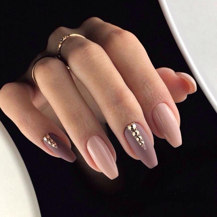 Gel Nails Nude Tones Ballerina Nagelform Glitter – hair and nails