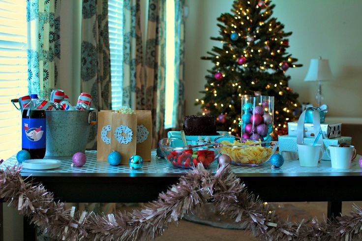 Holiday Movie Themed White Elephant Party: Food, Décor & Gift Ideas