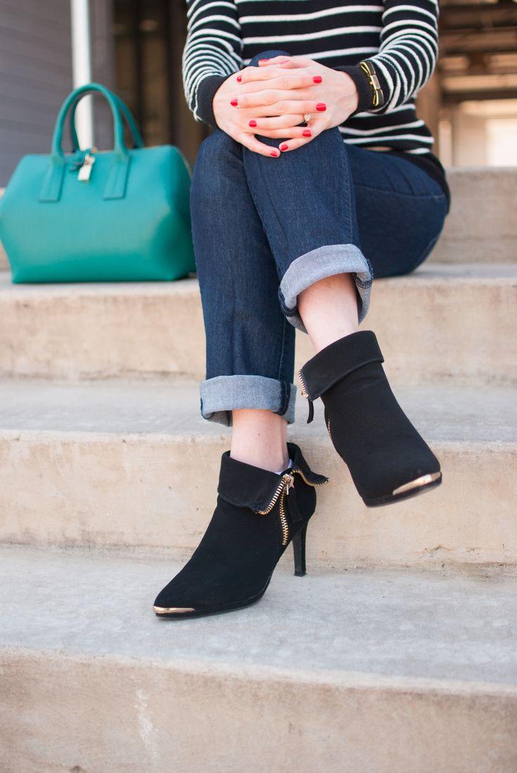 Black booties with gold details, Furla bag // Cheers J