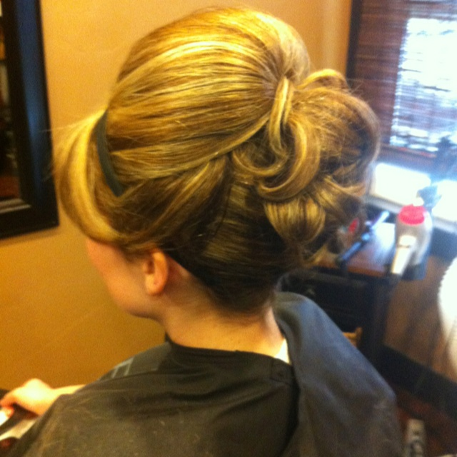 Mad men hair style