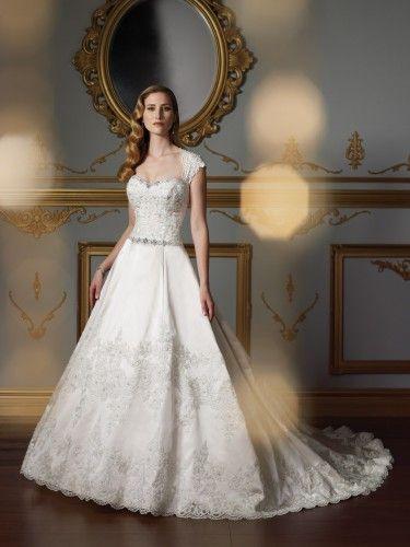323 best Wedding Dresses images on Pinterest | Wedding frocks ...