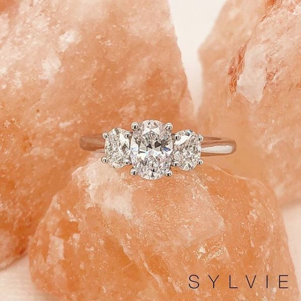Unique Three Stone Engagement Ring S3022 Three Stone Engagement Rings Stone Engagement Rings Beautiful Engagement Rings