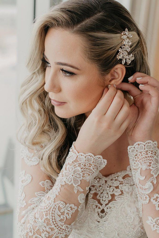 Classic Wedding Hairstyles 30 Timeless Ideas Wedding Forward Wedding Hair Side Wedding Hair Down Classic Wedding Hair