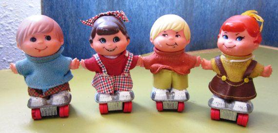4 Mattel Small Shots Hot Wheels Roller Skate Dolls By