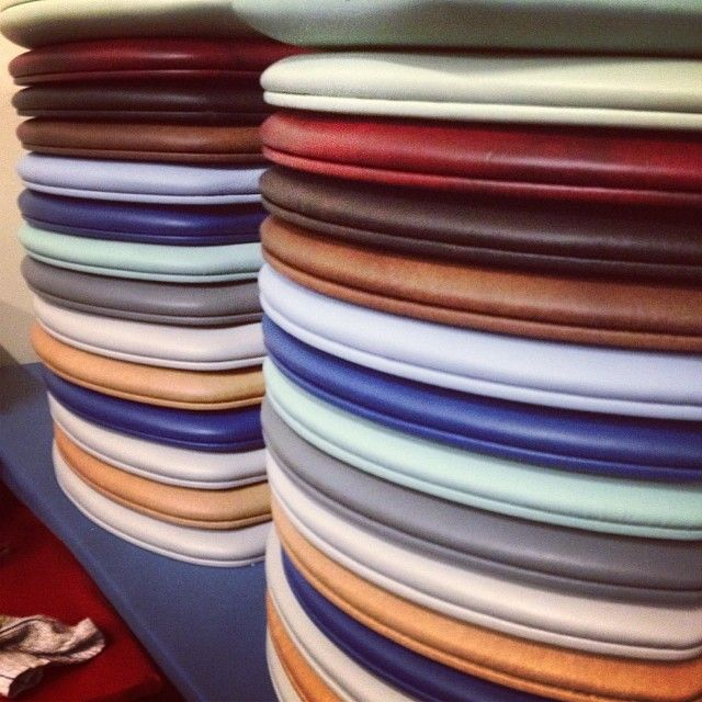 Cloudsoftseats Upholstered Padded Toilet Seats In 40 Colors